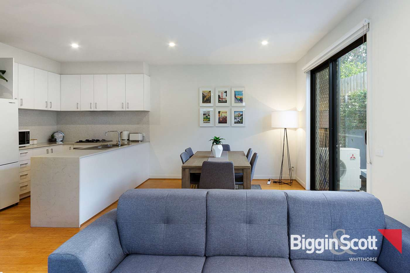 Sixth view of Homely townhouse listing, 2/55 Oriel Road, Ivanhoe VIC 3079