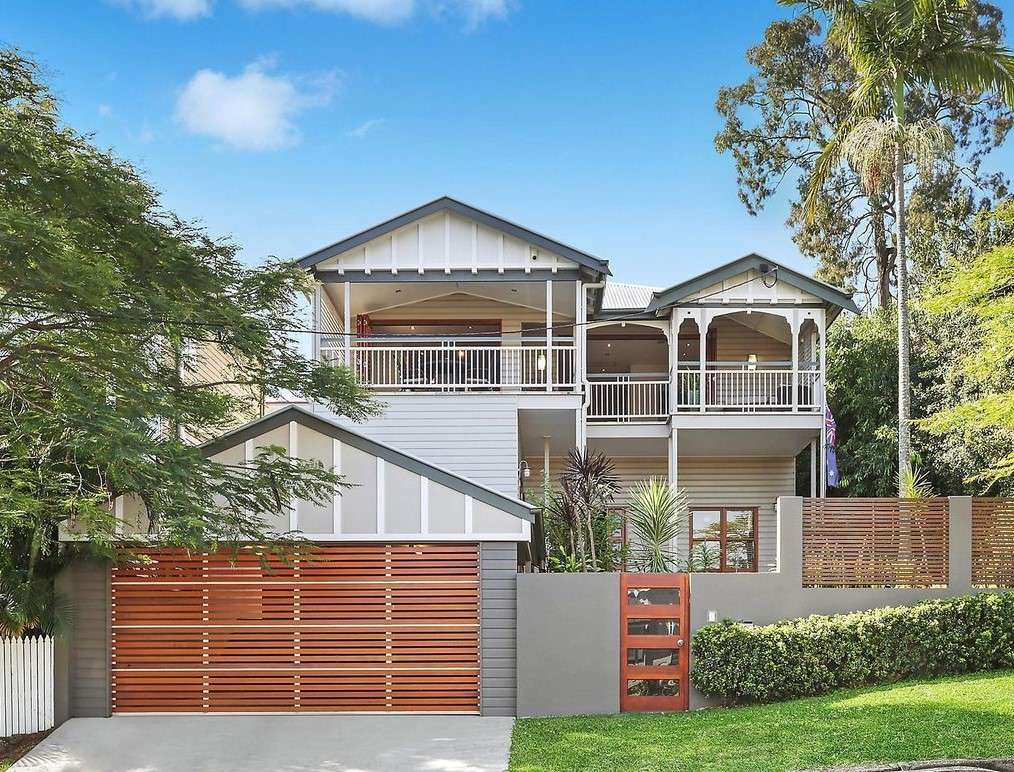 Main view of Homely house listing, 10 Atkinson Street, Hamilton, QLD 4007