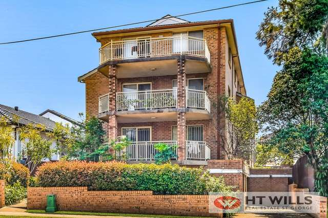 2/90 Queens Road, Hurstville NSW 2220