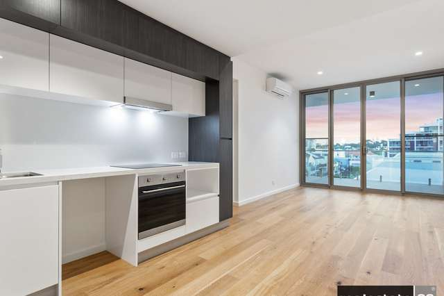 23/9 Tully Road
