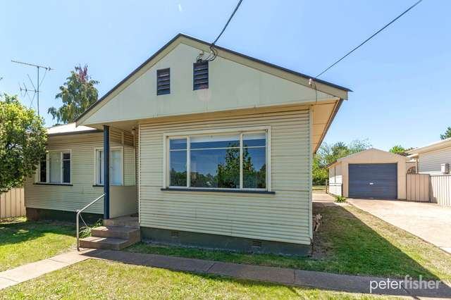125 Matthews Avenue, Orange NSW 2800