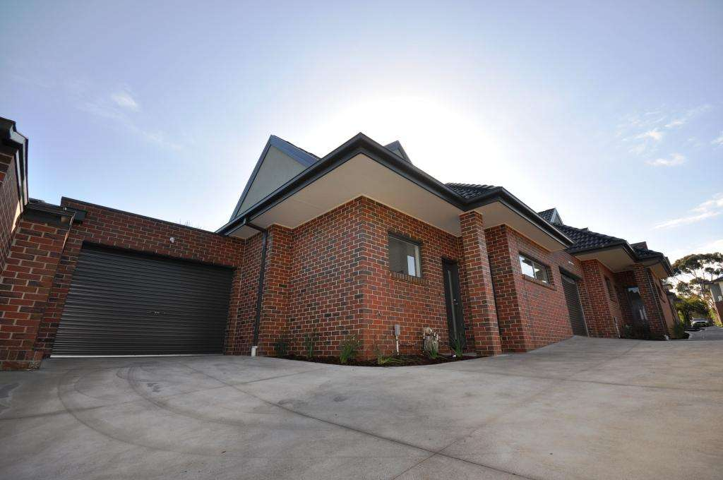 Main view of Homely townhouse listing, 6/17-19 Alpine Grove, Pascoe Vale, VIC 3044