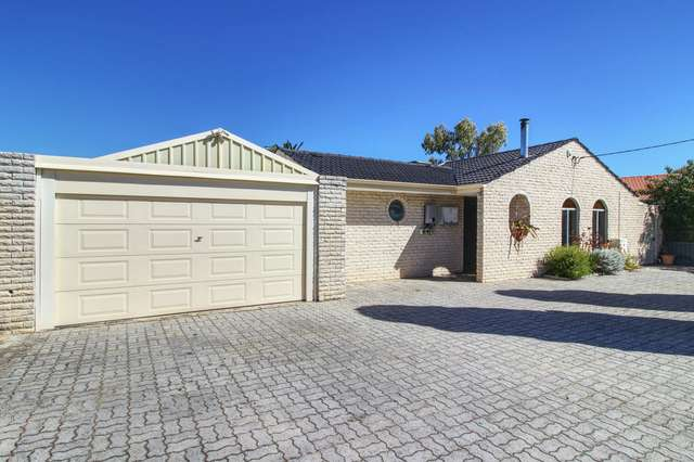 32 Cambridge Crescent, Cooloongup WA 6168