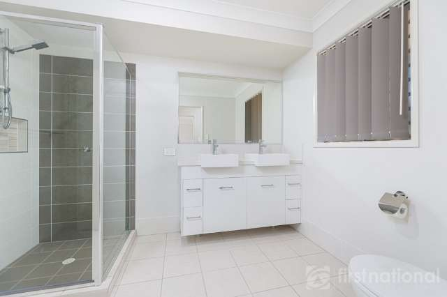 67A Railway Parade, Glass House Mountains QLD 4518
