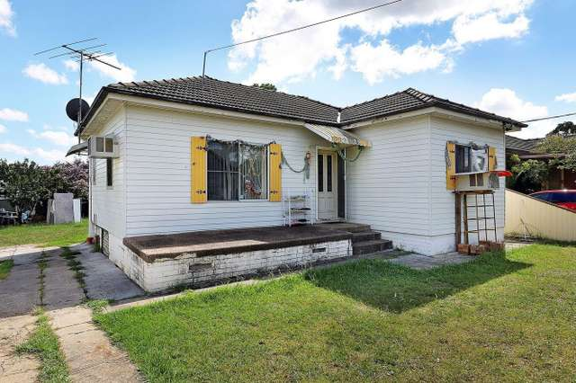 13 Roland Avenue, Liverpool NSW 2170