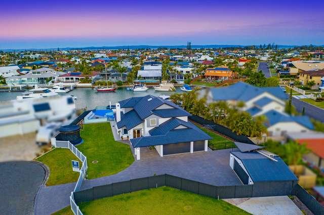 8 Binnacle Close, Raby Bay QLD 4163