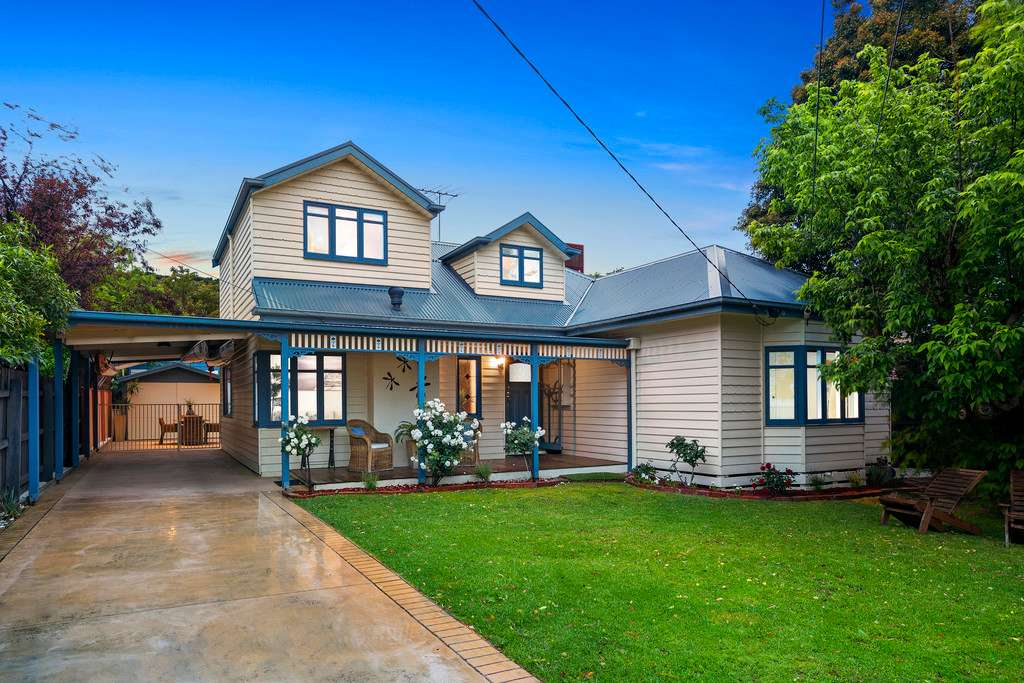 Main view of Homely house listing, 10 Correa Avenue, Cheltenham, VIC 3192