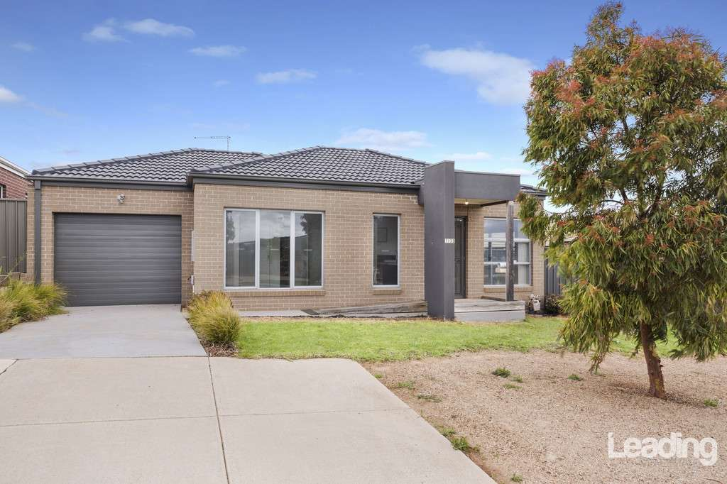 Main view of Homely unit listing, Unit 1/33 Keeper Street, Sunbury, VIC 3429
