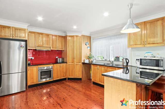 8 Pineview Avenue, Roselands NSW 2196