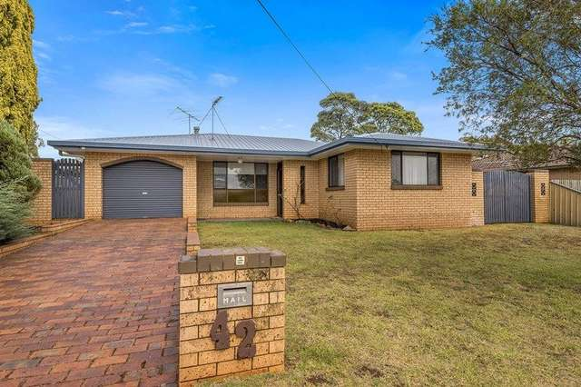 42 Jennifer Crescent, Darling Heights QLD 4350