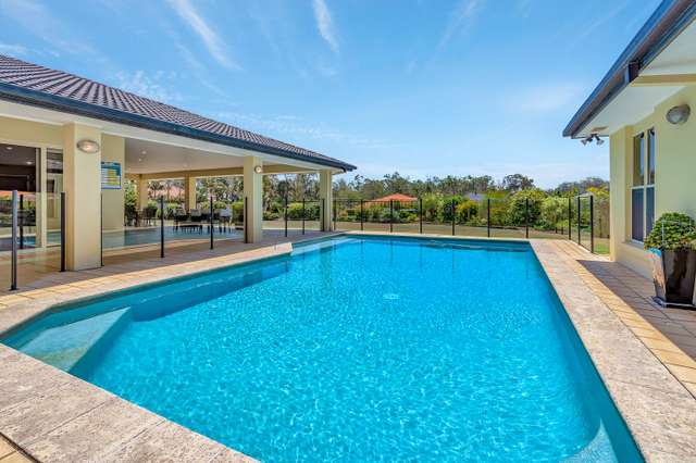 8 Selsey Court, Arundel QLD 4214