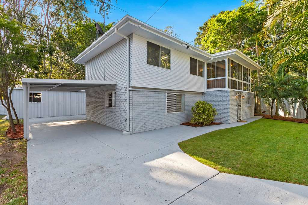 Main view of Homely house listing, 4 Glen Street, Ormiston, QLD 4160
