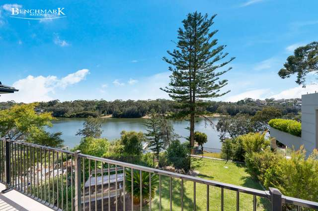12 St Georges Crescent, Sandy Point NSW 2172