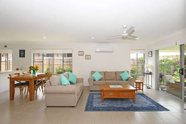 66 O'Connell Parade, Urraween QLD 4655
