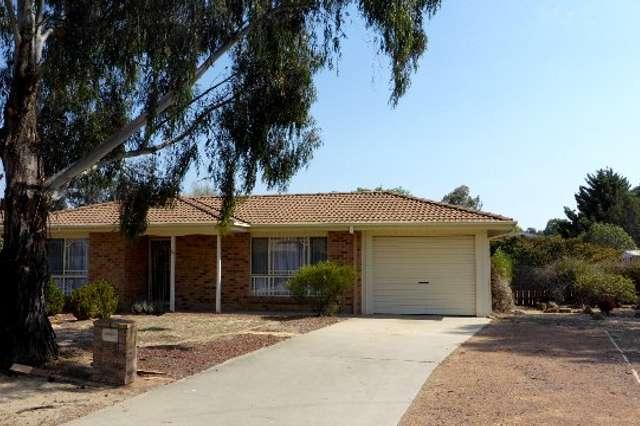 14 Franklin Court, Jerrabomberra NSW 2619