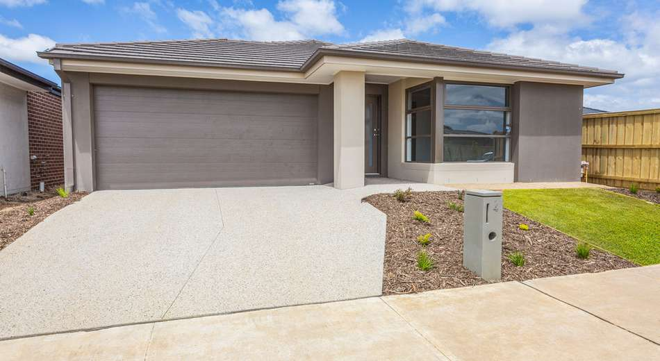 4 Flanker Way, Clyde VIC 3978