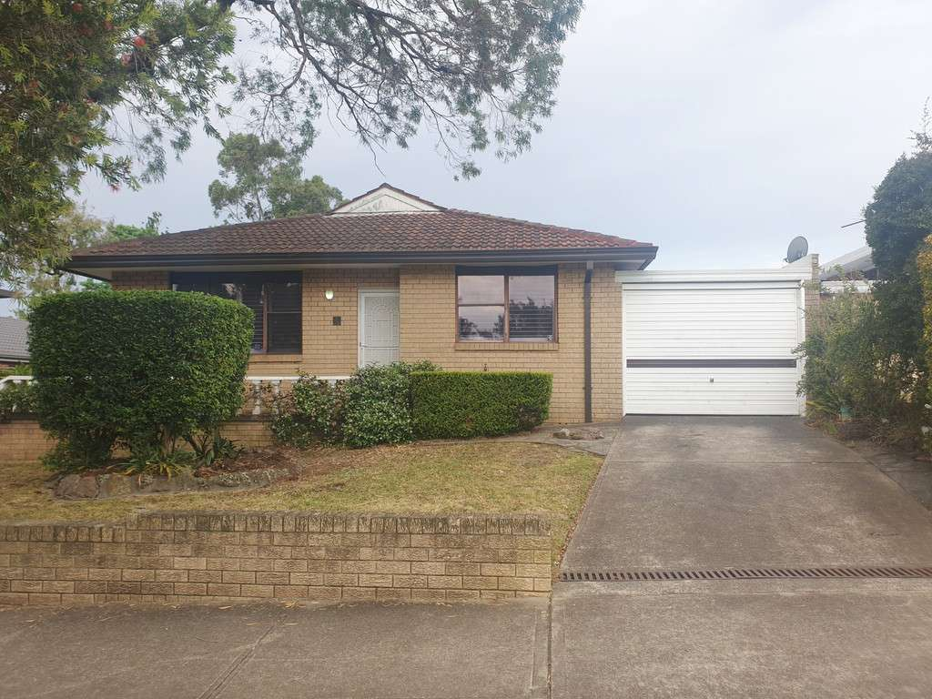Main view of Homely villa listing, 1/18 Mimosa Street, Bexley, NSW 2207
