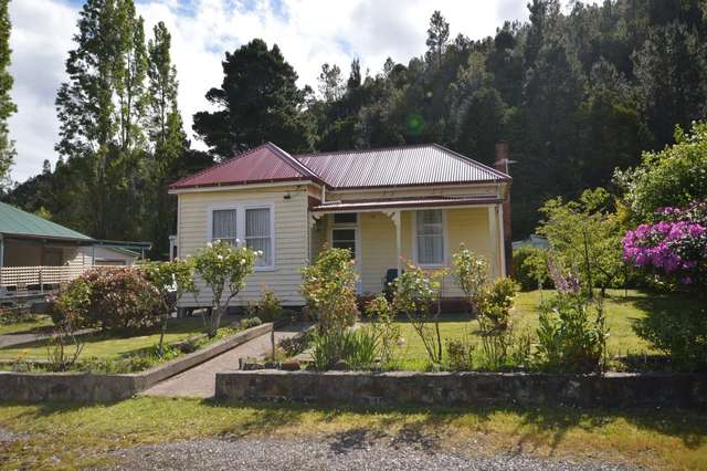 9 Preston Street, Queenstown TAS 7467