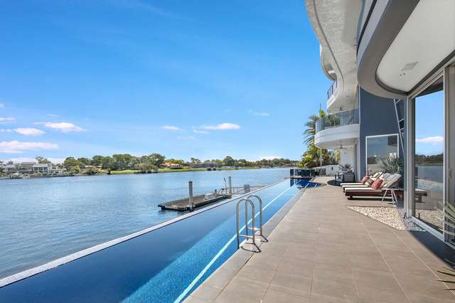 104 Admiralty Drive, Paradise Waters QLD 4217