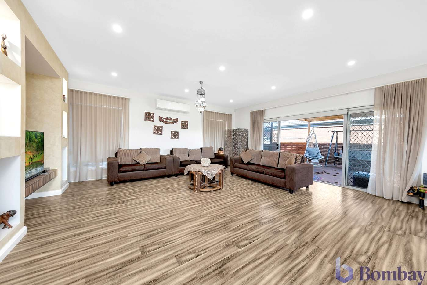 Main view of Homely house listing, 2 Deerbrook Circuit, Wollert, VIC 3750