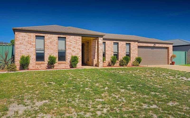 Main view of Homely house listing, 15 Gumnut Court, Albury, NSW 2640