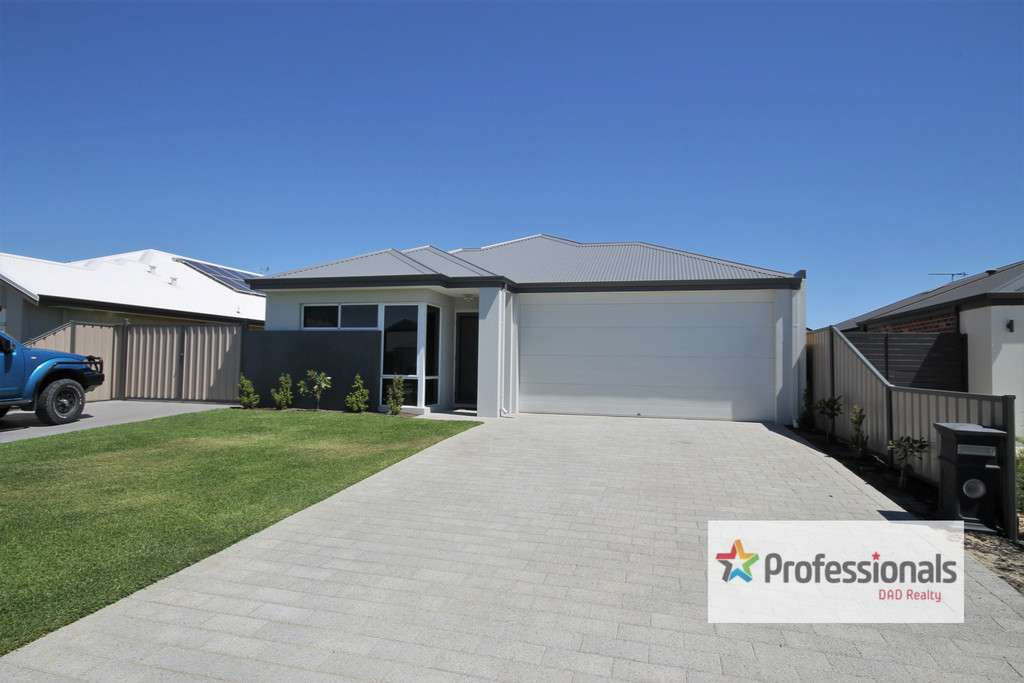 Main view of Homely house listing, 6 Currawong Way, Australind, WA 6233
