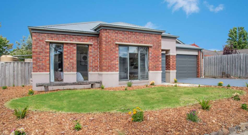 16 Gomms Road, Somerville VIC 3912