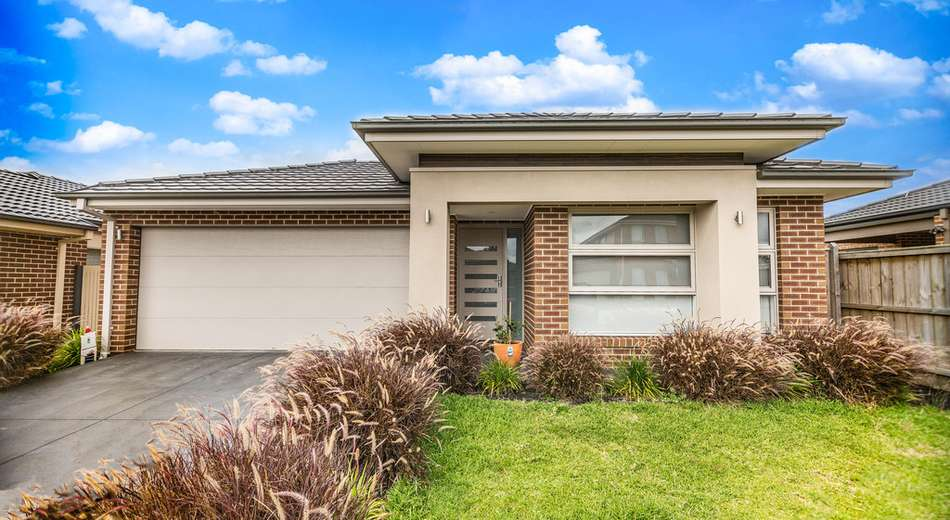 4 Goodison Road, Clyde North VIC 3978