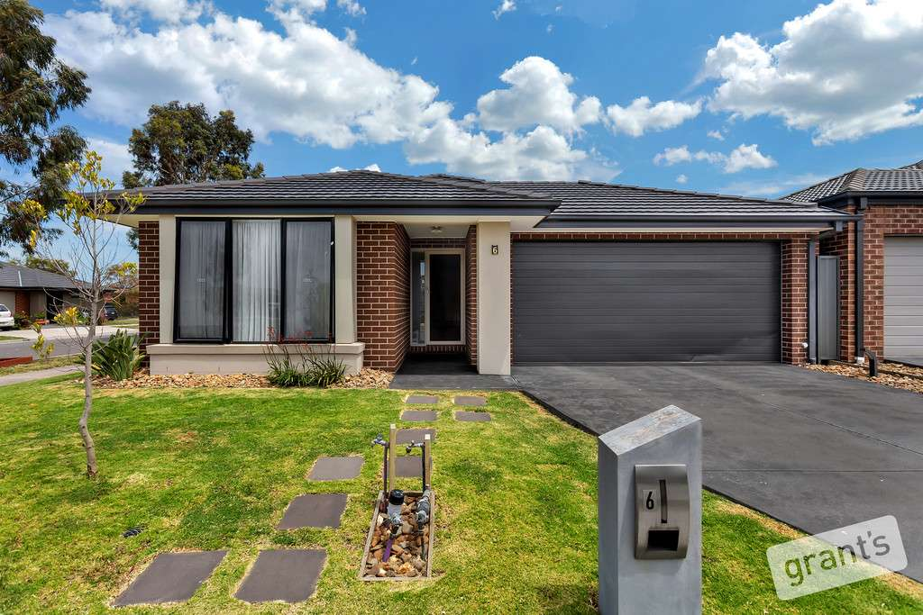 Main view of Homely house listing, 6 Lockbank Place, Cranbourne East, VIC 3977