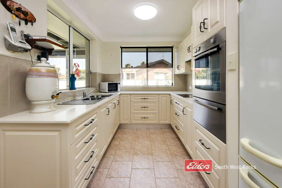 Fifth view of Homely house listing, 21 Delmer Close, South West Rocks NSW 2431