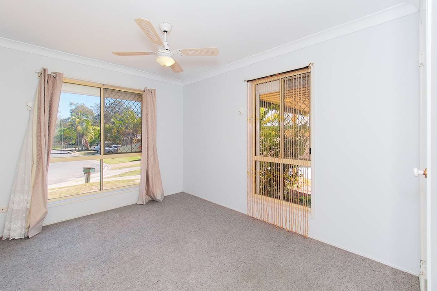 Seventh view of Homely house listing, 11 Robinson Court, Berrinba QLD 4117