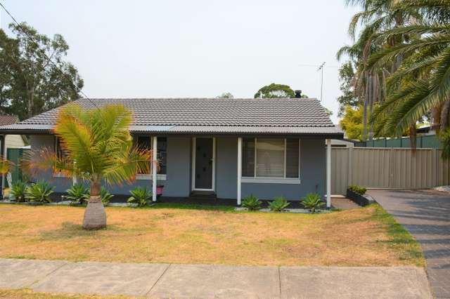 33 Cams Blvd, Summerland Point NSW 2259