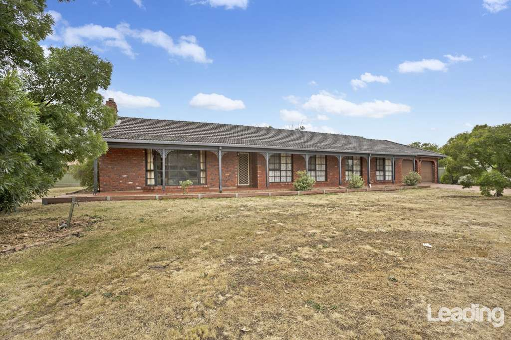 Main view of Homely house listing, 2 Leith Court, Sunbury, VIC 3429