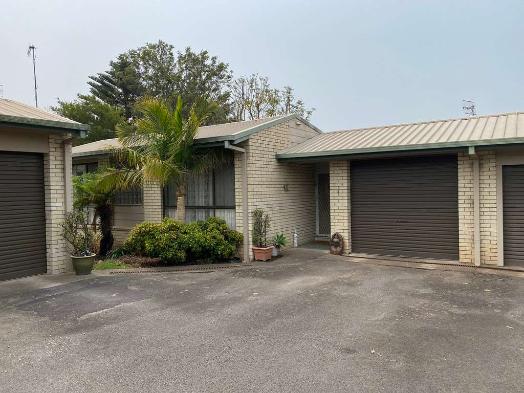 Main view of Homely townhouse listing, 5 9 BRODRIBB COURT, Berrambool, NSW 2548