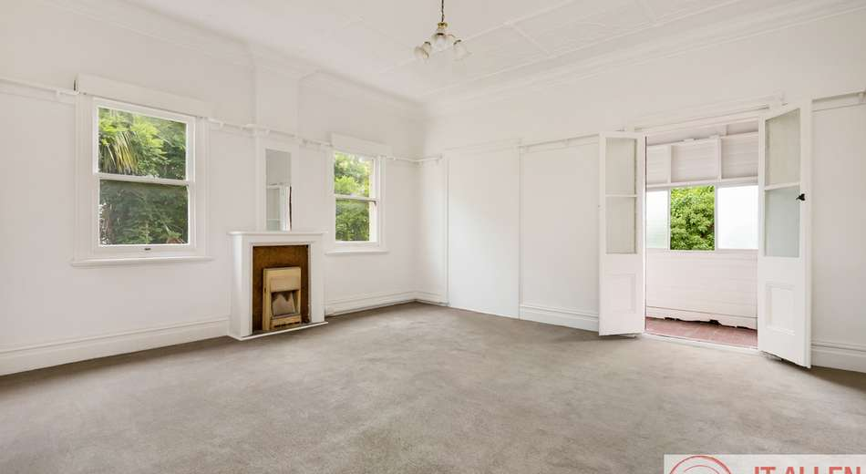 2/74 Perouse Road