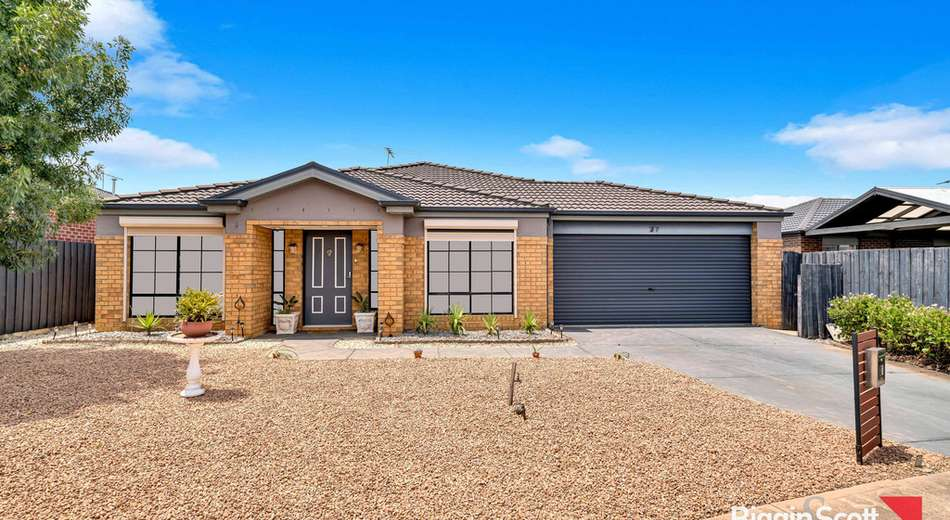 37 Carlyon Close, Melton West VIC 3337