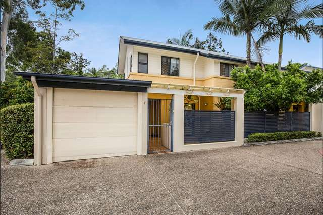 7/122 Central Avenue, Indooroopilly QLD 4068