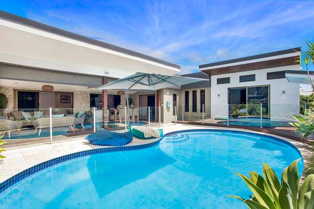 12 Anthony Drive, Burleigh Waters QLD 4220
