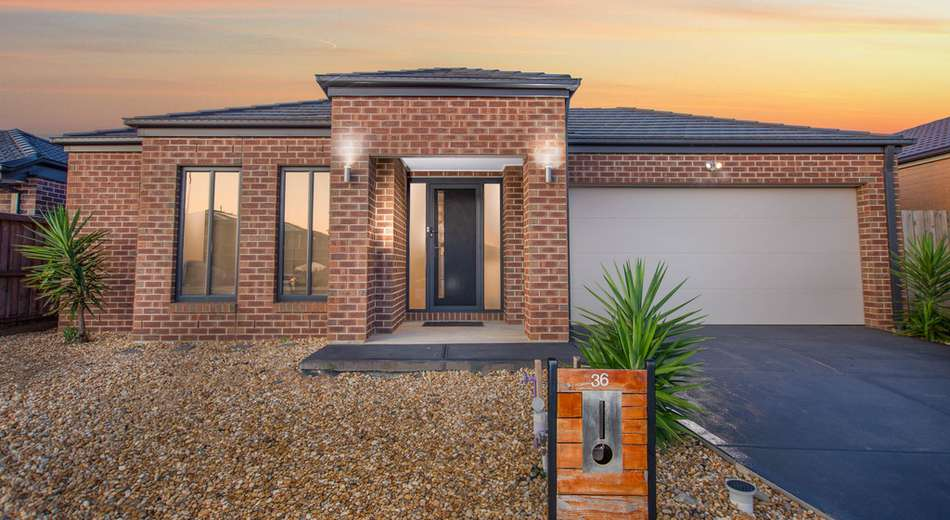36 Green Gully Road, Clyde VIC 3978