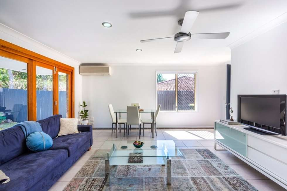 Fourth view of Homely semiDetached listing, 2/18 Cabot Court, Merrimac QLD 4226