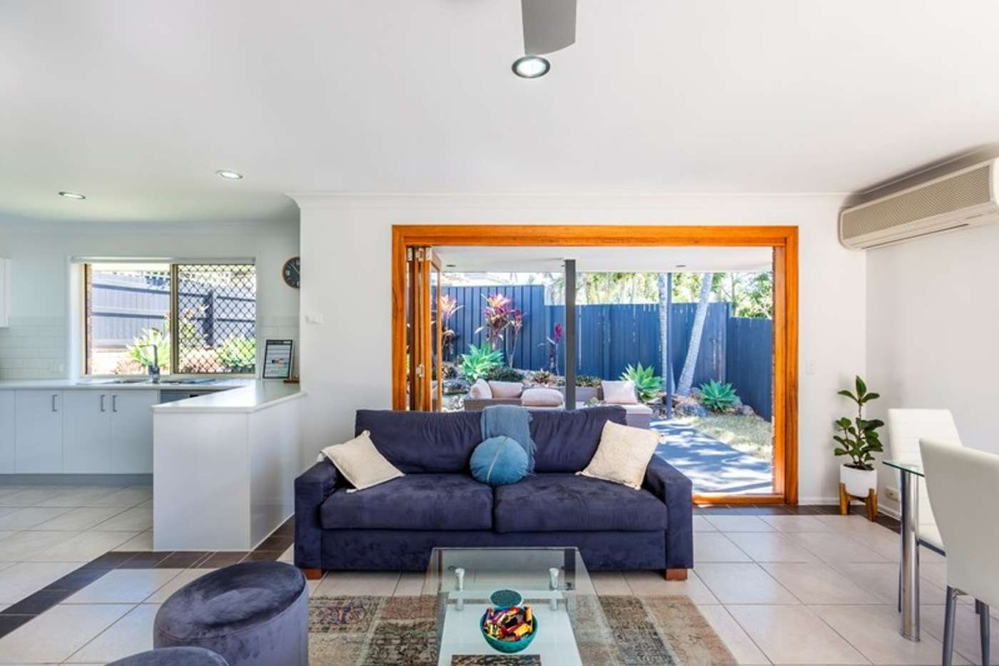 Sixth view of Homely semiDetached listing, 2/18 Cabot Court, Merrimac QLD 4226