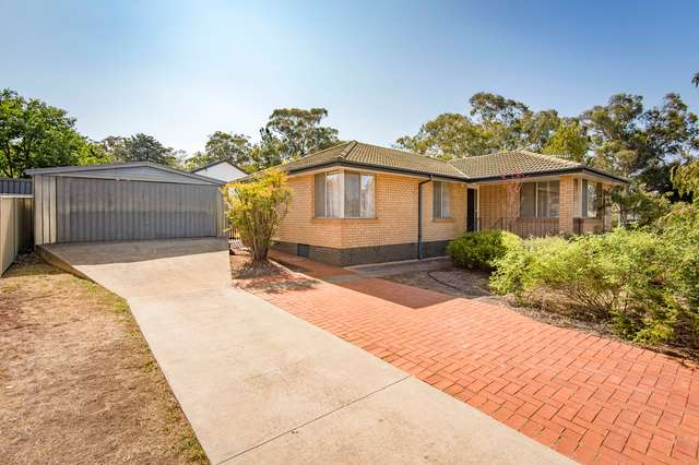 41 Charteris Crescent, Chifley ACT 2606