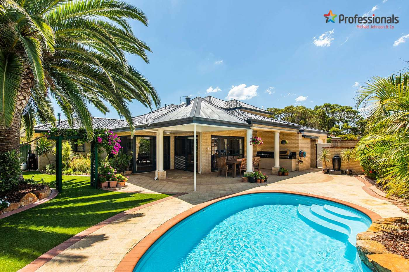 Main view of Homely house listing, 2 Newmarket Retreat, Currambine WA 6028