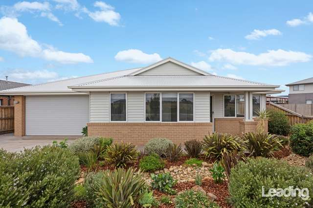 11 Wildflower Drive, Sunbury VIC 3429