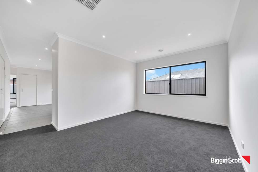 Second view of Homely house listing, 1 Milton Place, Strathtulloh VIC 3338