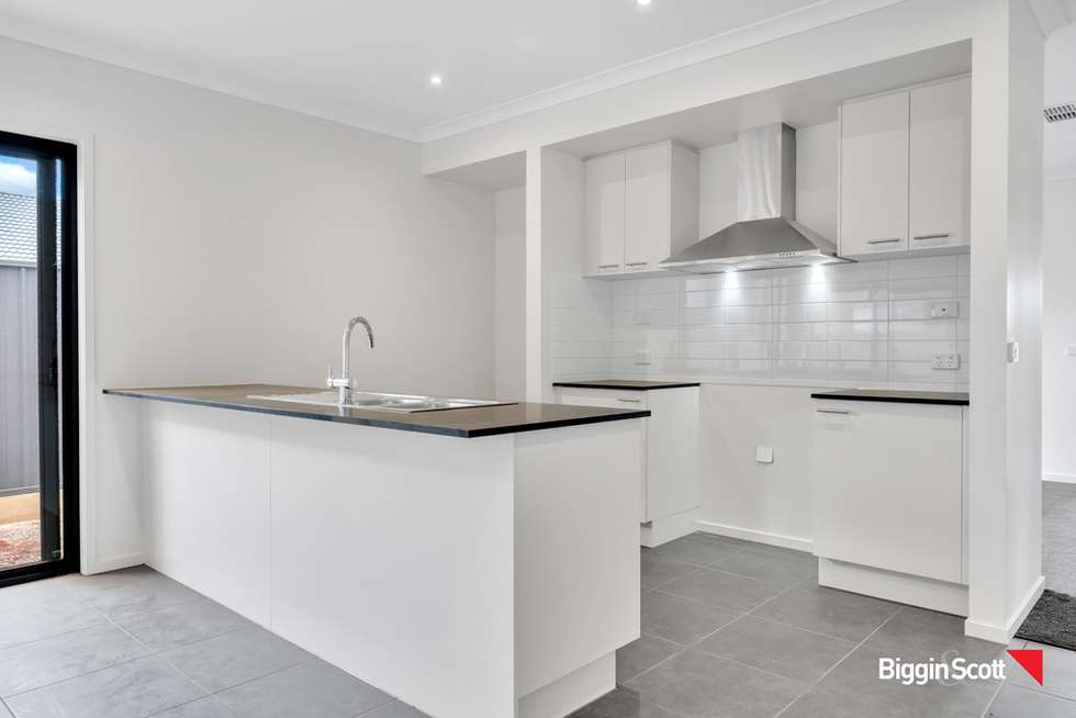 Fifth view of Homely house listing, 1 Milton Place, Strathtulloh VIC 3338