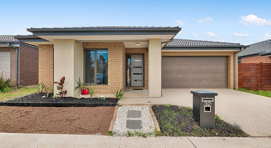 32 Chesney Circuit, Clyde VIC 3978