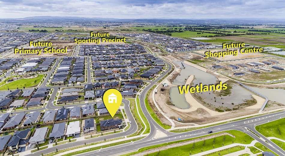 53 (Lot 2043) Grandstand Crescent, Clyde North VIC 3978