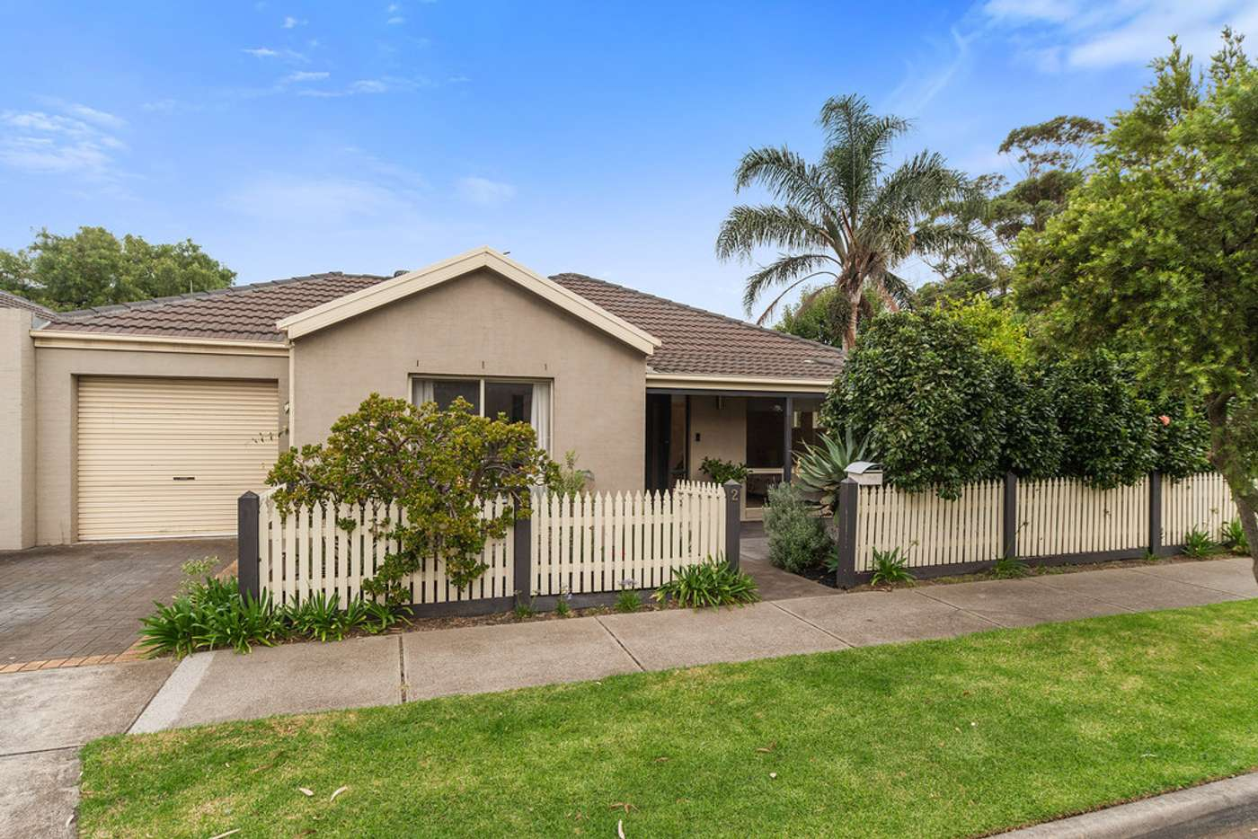 Main view of Homely unit listing, 2 Beardsworth Avenue, Chelsea VIC 3196
