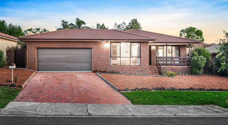 8 Radiant Crescent, Forest Hill VIC 3131